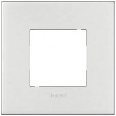 Abdeckrahmen Arteor 1x1 92x92 Basic weiss für 1x2 Mod.